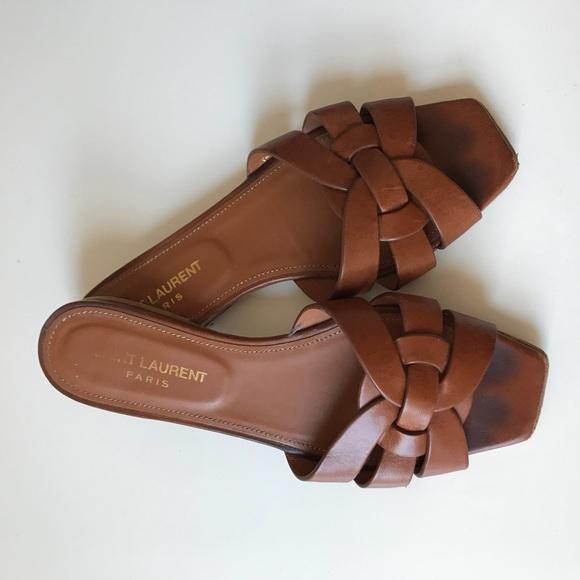 d77bc53b0ec Saint Laurent tribute flat sandal tan. M 5ae8b3a400450fe5e1f8f9d3